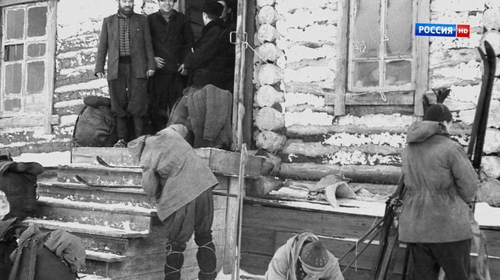 Тайна горы мертвецов. Перевал Дятлова (2013) | Про что фильм